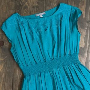 Gorgeous turquoise dress